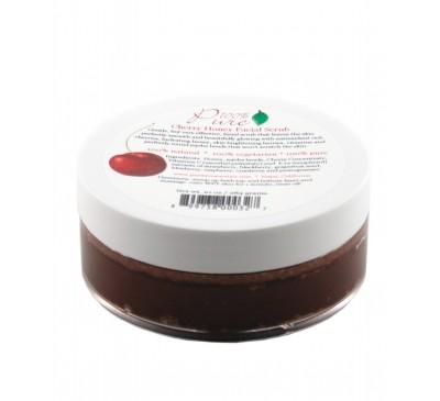Exfoliant pentru faţă cu cireşe şi miere – toate tipurile de ten